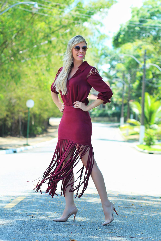 Carol Gaia veste Chocoleite look de franja